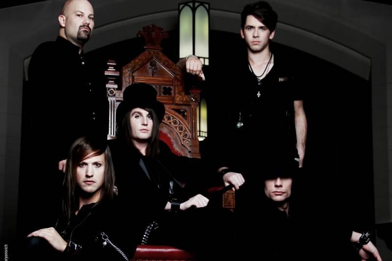 INCURA Band