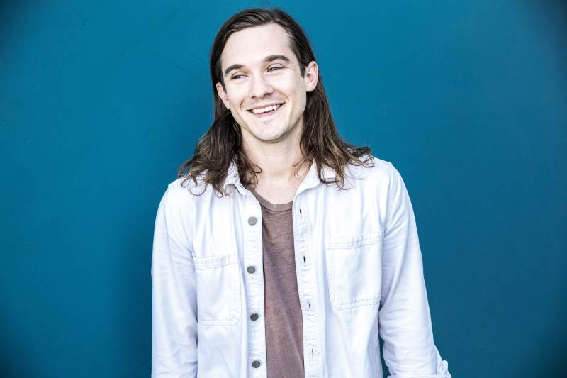 Singer-Songwriter Chris Farren