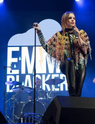 Emma Blackery live