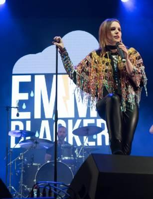 Emma Blackery live
