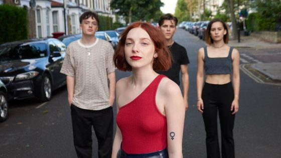 Sophie and the Giants Band